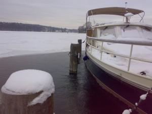 Eisfreihaltung eines Schiffanlegers